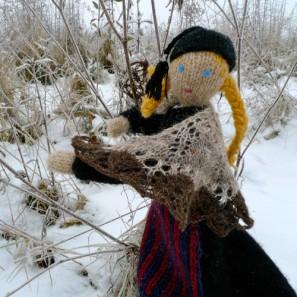 Le chat islandais de Noël dévorera-t-il Theodóra? Châle en dentelle islandaise