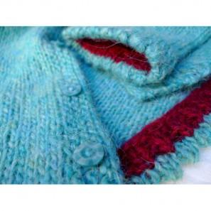 Brynja, modèle de tricot islandais: détail picot bicolore manches