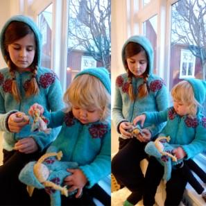 Brynja litla et poupées