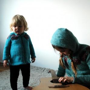 Brynja bleus 18 mois et 12 ans