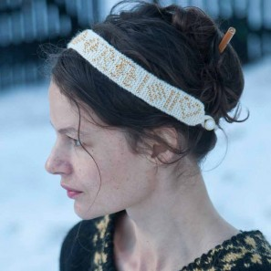 Icelandic Handknits Perluband: beaded hairband and armband