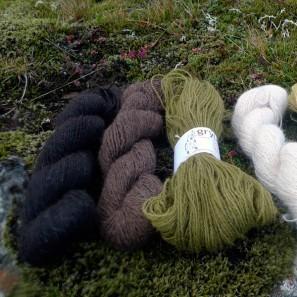 Gryla Tviband Artisanal laine d'agneau islandais, fil dentelle retors