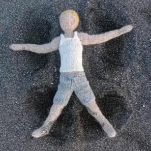 Bjarni poupée garçon islandaise en tricot (11)