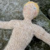 Bjarni poupée garçon islandaise en tricot (16)