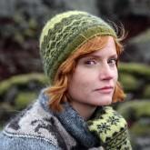 Bonnet Mosi avec Gilitrutt: Moss green, Raven black, Anis green