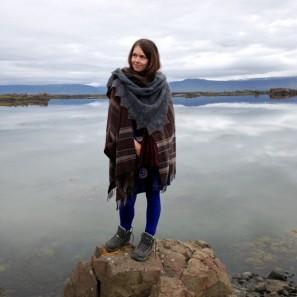 Châle Randalin tricoté avec Love Story en Natural brown et Hot spring Blue (6)