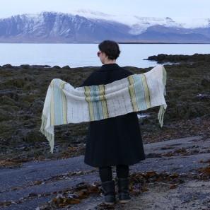Etole Hila tricotée avec Love Story: Natural white, Askja blue, Anis green et Moss green (4)