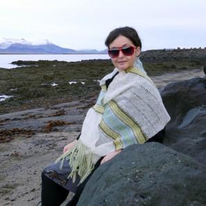 Etole Hila tricotée avec Love Story: Natural white, Askja blue, Anis green et Moss green (13)
